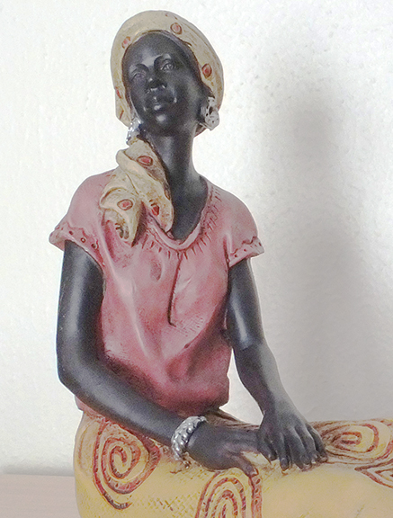 African-woman-statuette