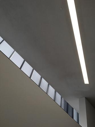 Clerestory windows, Bloch addition