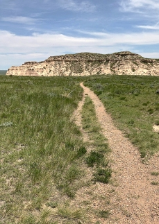 Pawnee Buttes trail
